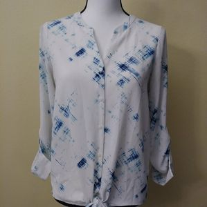 Apt 9 Button Down Knot Front Shirt. Size XS